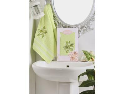 2605 Зеленый DITA 50х90 пол-це с вышивкой в коробке Карна