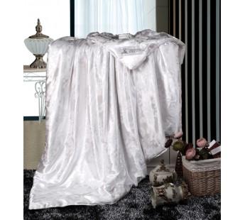 Одеяло с наполнителем шелк  200х220 Retrouyt