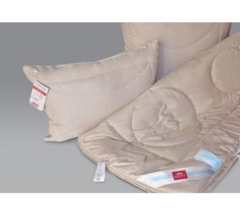 """Одеяло облегченное """"Чистый верблюд"""" 220х240"""