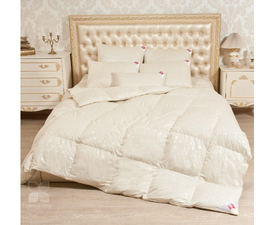 Одеяло кассетное Камелия 172х205 теплое Легкие Сны